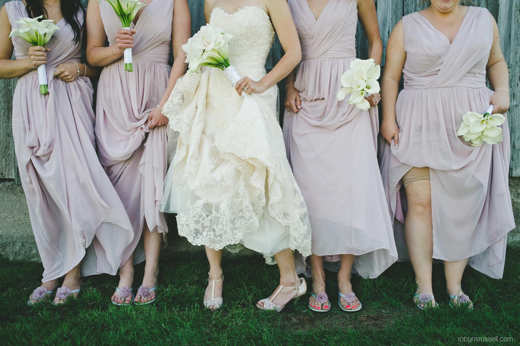 33-bride-and-bridesmaids-shoes-details.jpg