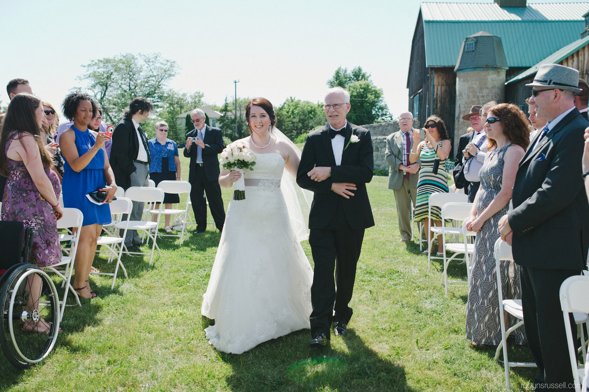 18-bride-and-dad-on-wedding-day.jpg