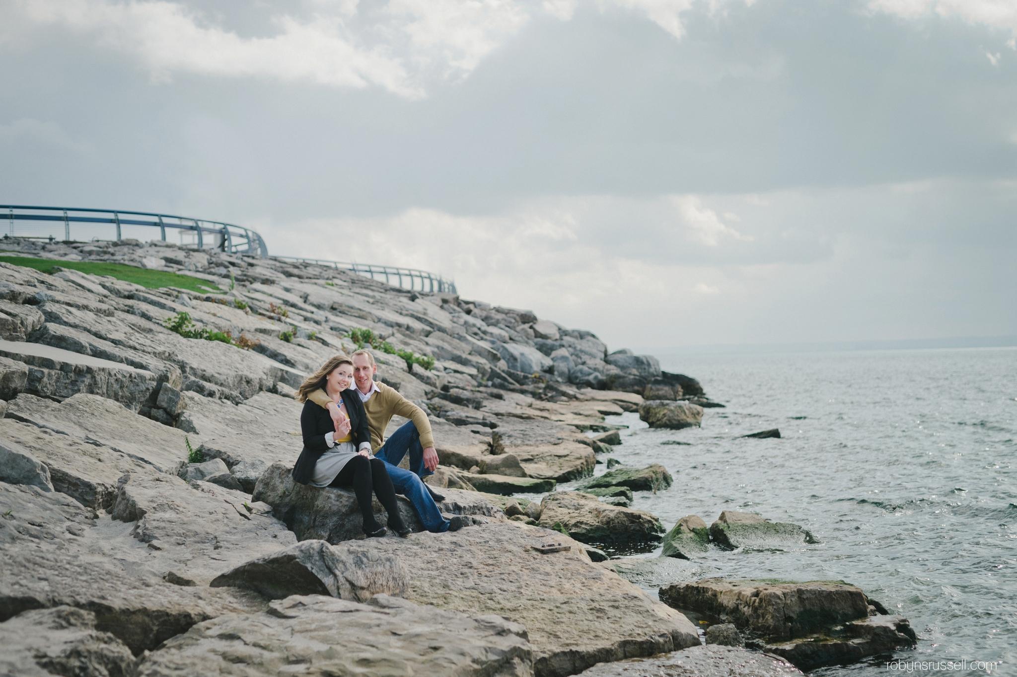 2-burlington-waterfront-engaged-couple.jpg