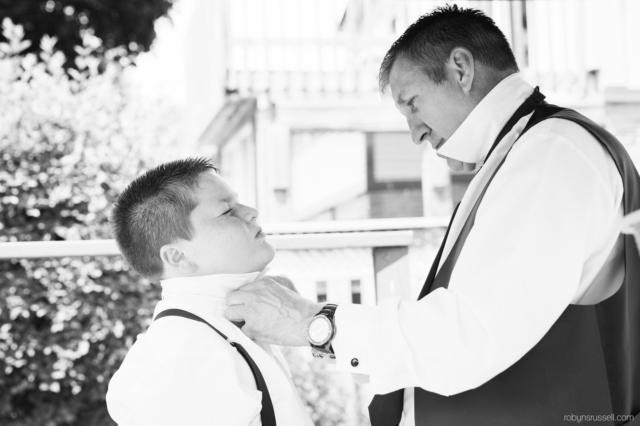 1-father-and-son-on-wedding-day.jpg