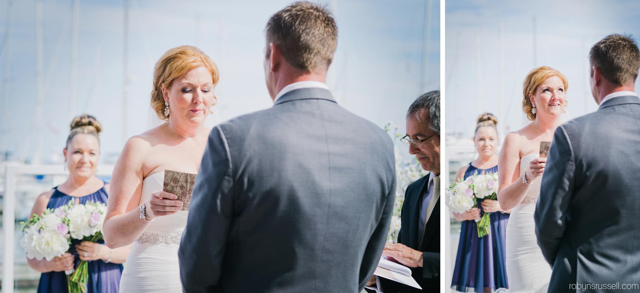 15-wedding-vows-oakville-wedding-photographer.jpg