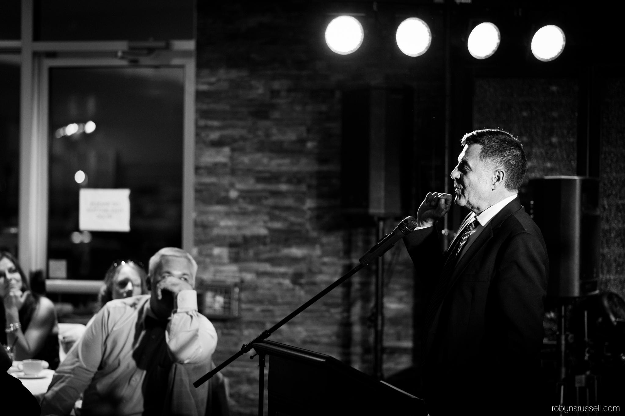 33-more-speeches-black-and-white-oakville-wedding-photographer.jpg