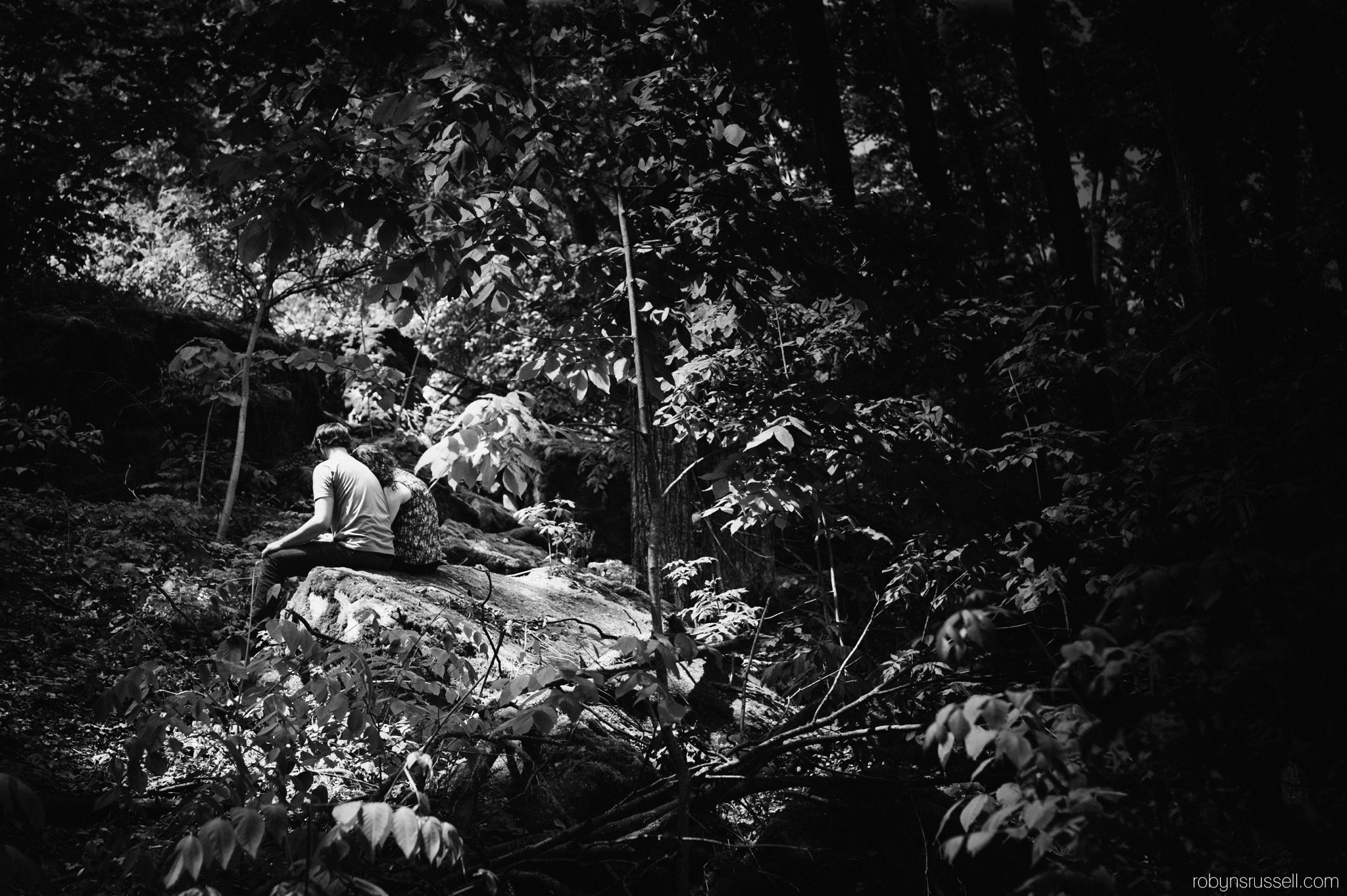 5-dramatic-black-and-white-mount-nemo-trees-engaged-couple.jpg