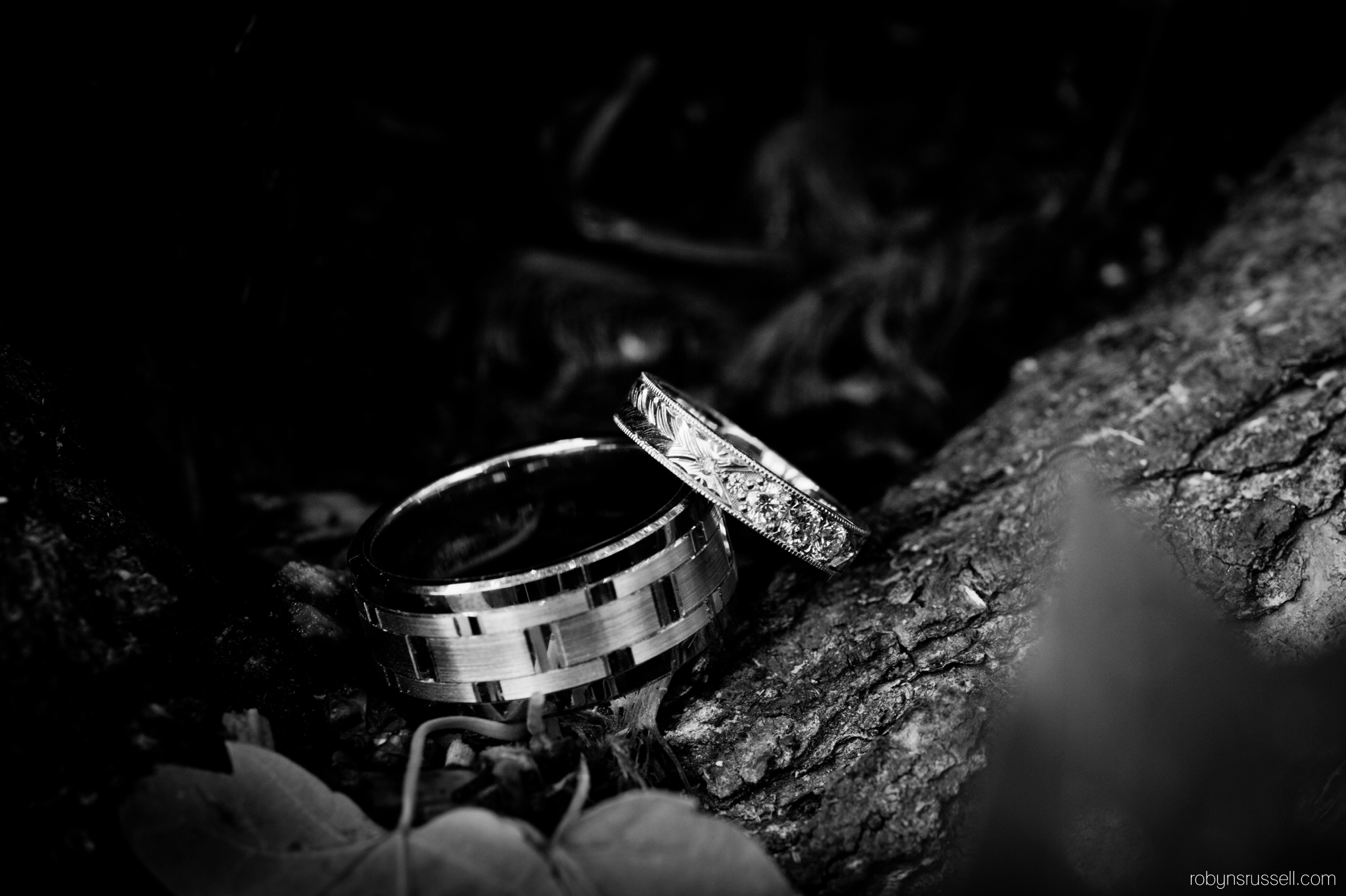 8-wedding-bands-oakville-wedding-photographer.jpg