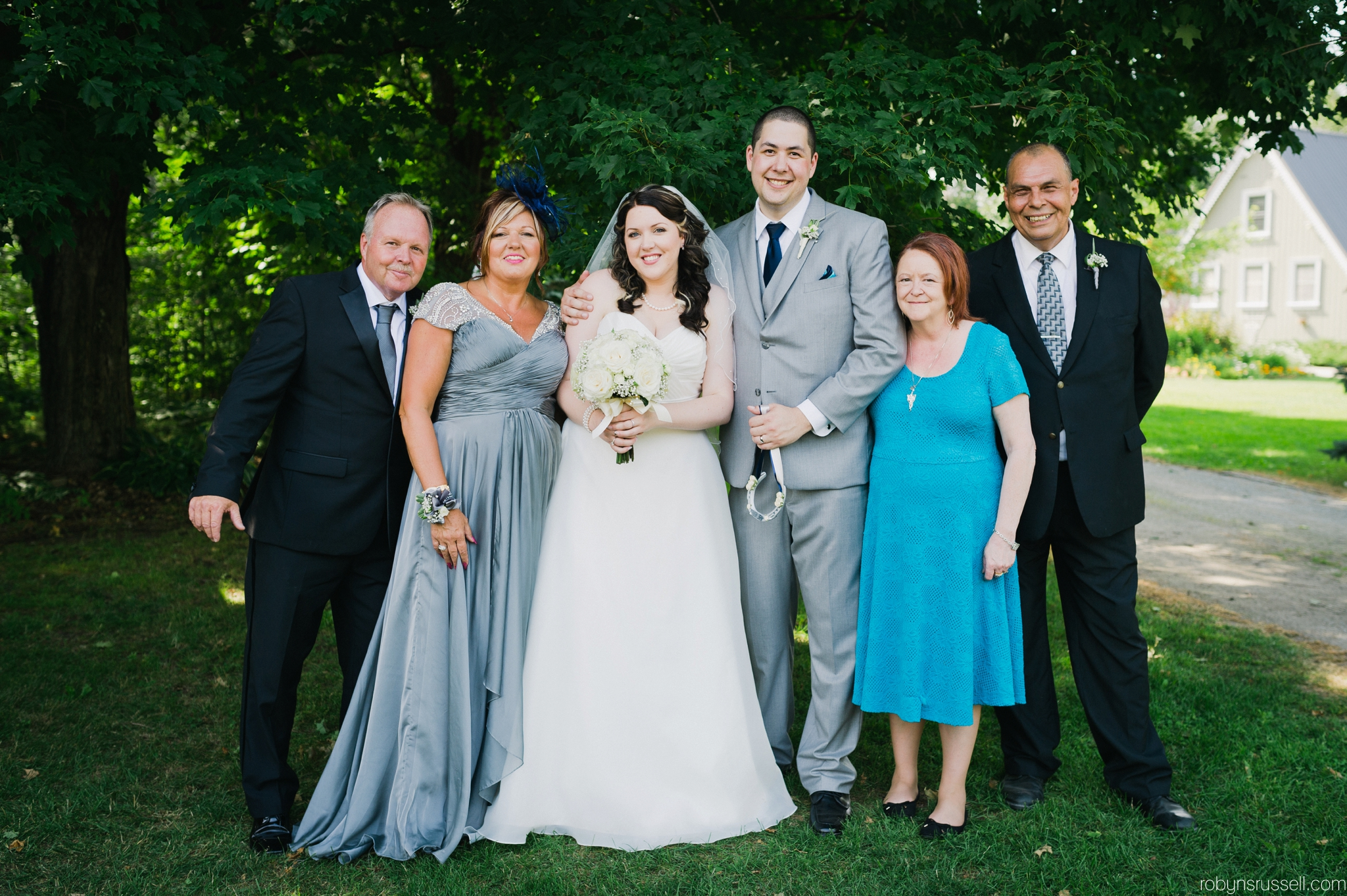 26-family-photos-barrie-wedding-photographer.jpg