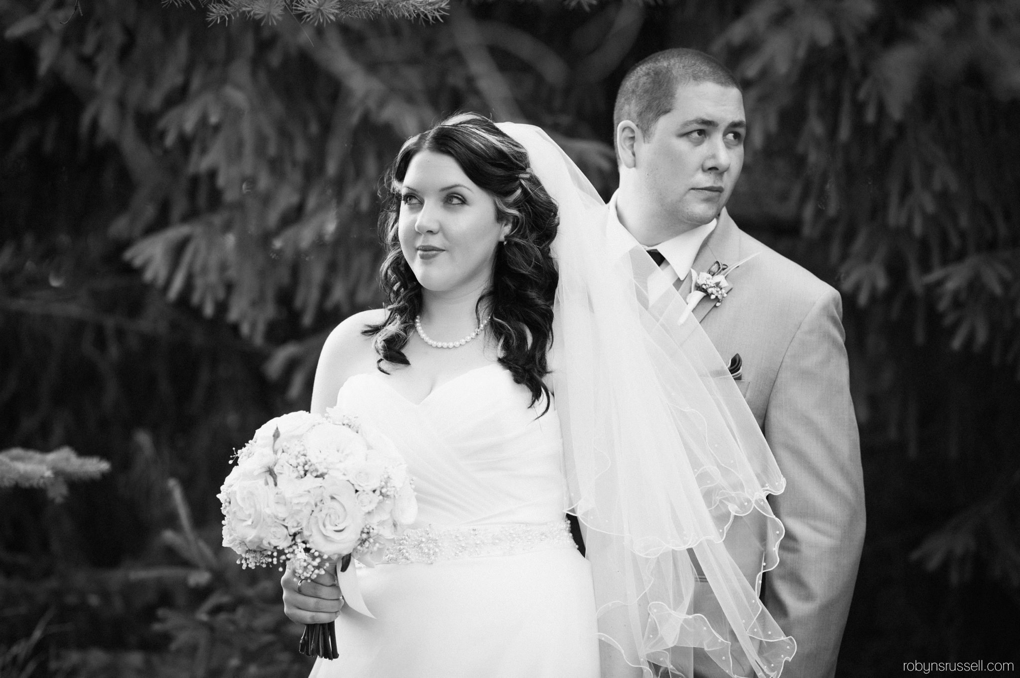 43-bride-and-groom-serious-moment.jpg