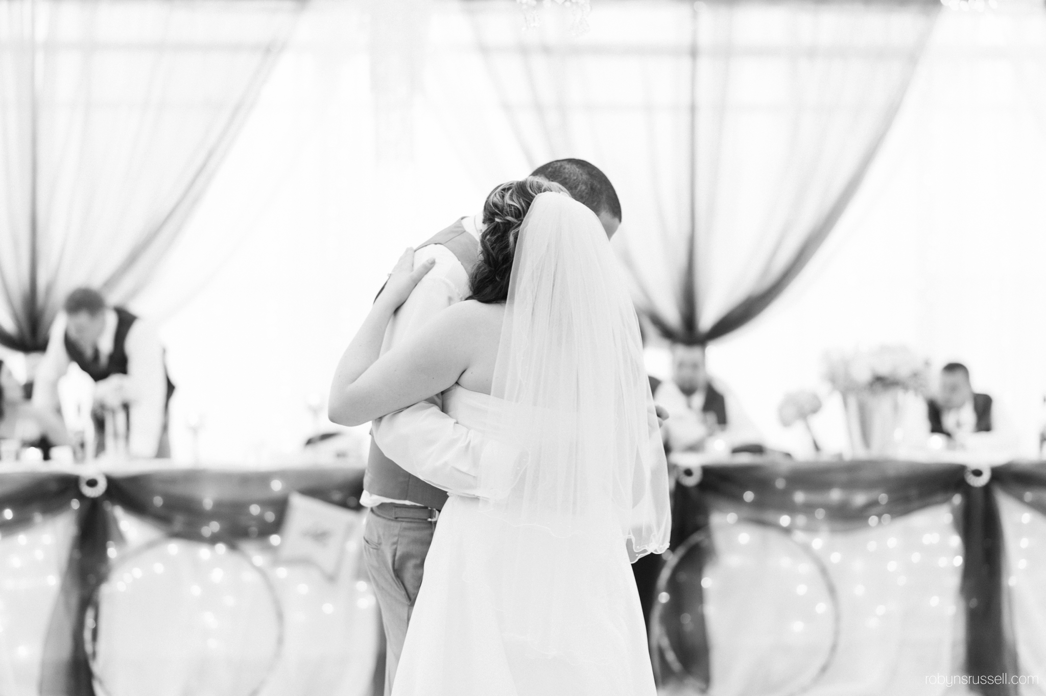 60-first-dance-drysdale-tree-farm.jpg
