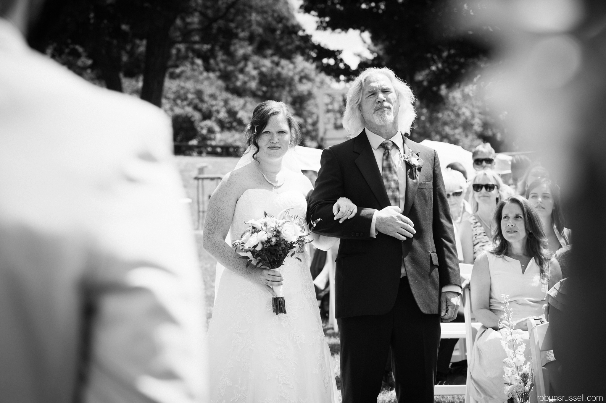 18-bride-looking-at-groom-belwoods-conservation.jpg