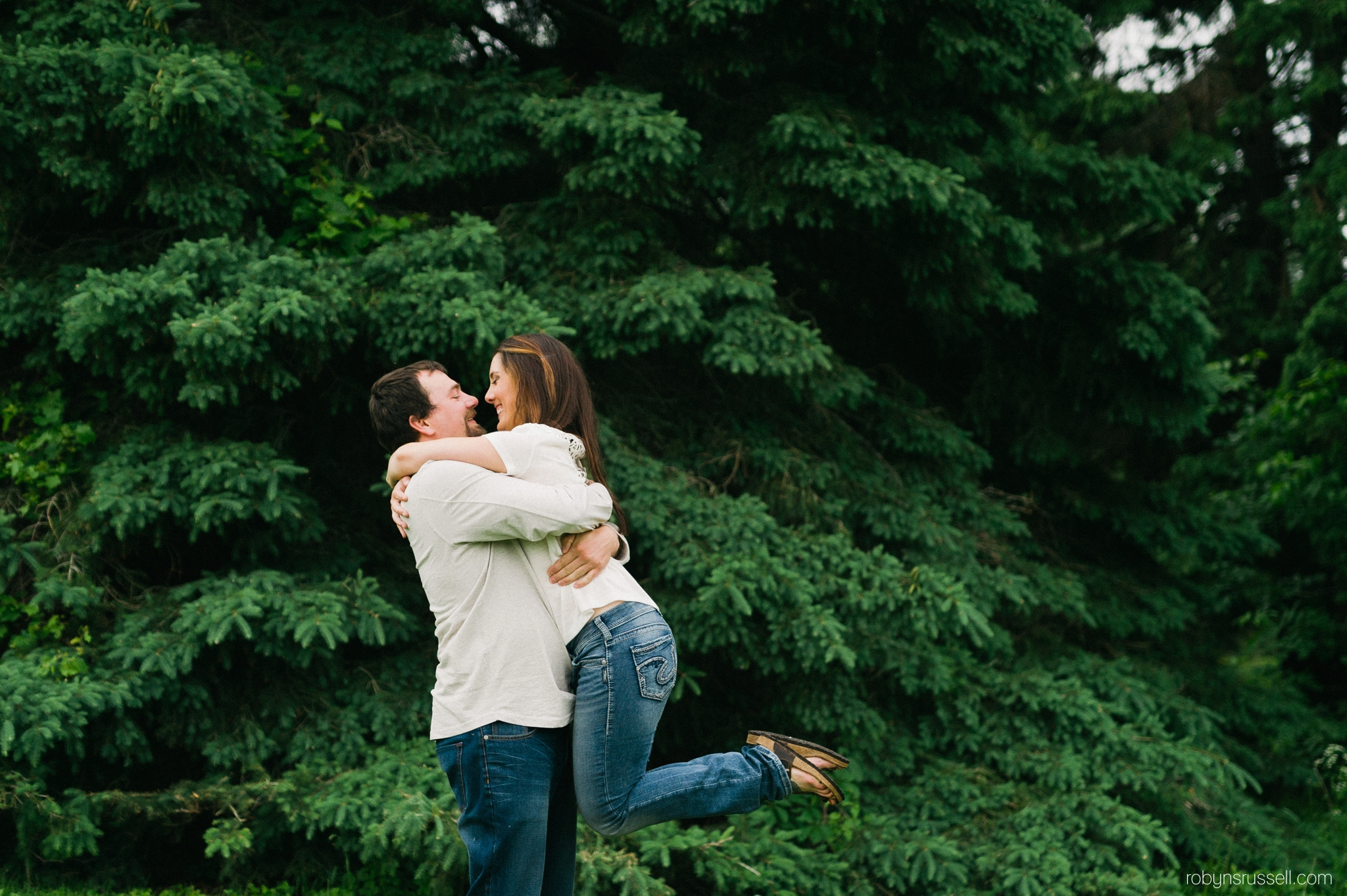 8-engagement-session-at-kelso-park.jpg